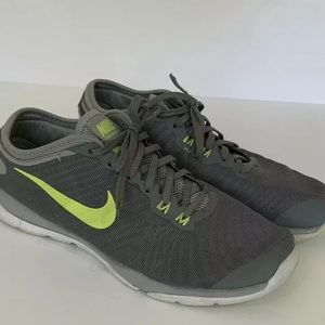 Nike Womens Flywire Sneakers Gray Green Size 7.5
